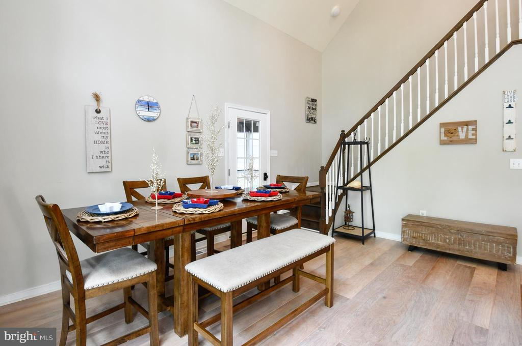 Dining, Staircase to Primary Living Quarters - 16009 CARRINGTON CT, MINERAL