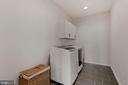 Hugh laundry room - 1015 AKAN ST SE, LEESBURG