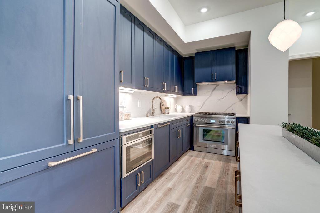 Plenty of Storage - 1737 11TH ST NW #100, WASHINGTON
