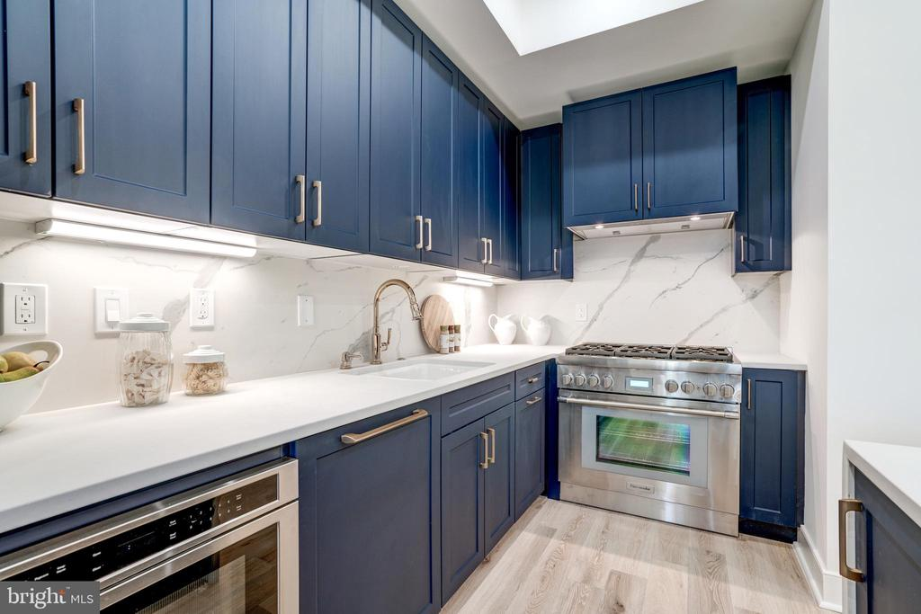 Bosch and Thermador Appliances - 1737 11TH ST NW #100, WASHINGTON