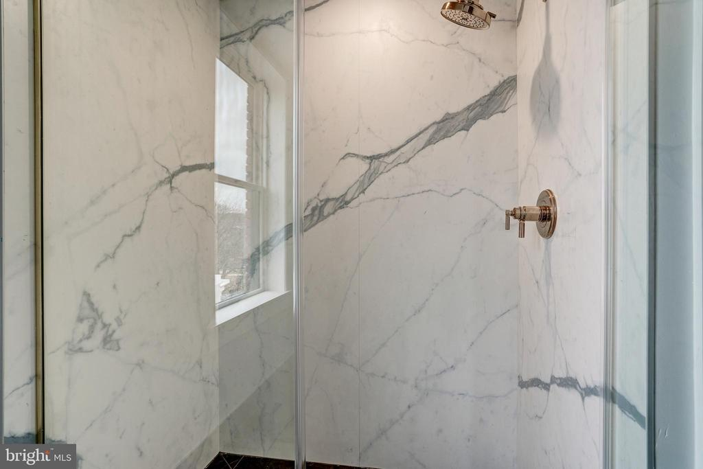 Primary Bath Detail - 1737 11TH ST NW #100, WASHINGTON