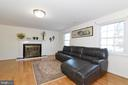 Family Room w/ Fireplace - 8909 LAKE BRADDOCK DR, BURKE