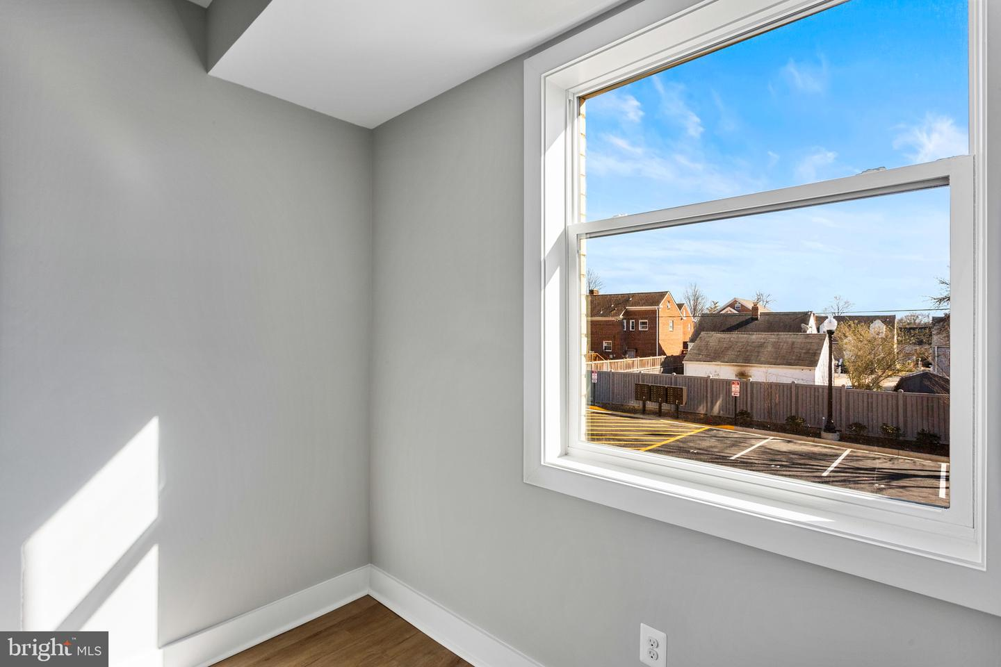 1100 SOUTH HIGHLAND STREET, ARLINGTON, Virginia 22204, 2 Bedrooms Bedrooms, ,1 BathroomBathrooms,Residential,For Sale,SOUTH HIGHLAND STREET,VAAR179094
