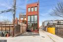 Private Entrance & Parking - 1737 11TH ST NW ##200, WASHINGTON