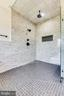 Upstairs - Owners Suite #2 Shower Area - 42835 TRAVELERS RUN LN, LEESBURG