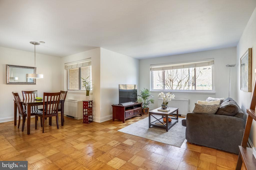 Living Room and Dining Room - 4555 MACARTHUR BLVD NW #G6, WASHINGTON