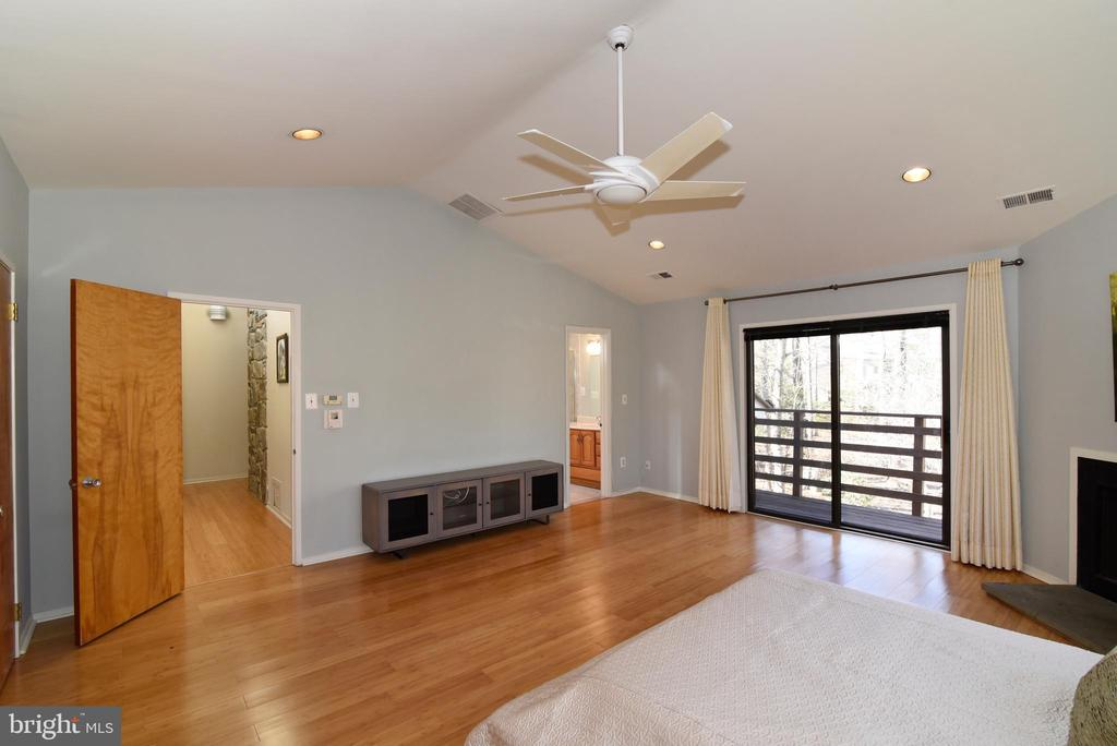 Primary Bedroom with Balcony - 1101 PEPPERTREE DR, GREAT FALLS