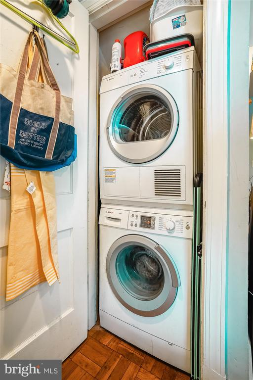 In unit, full sized washer & dryer - 2600 16TH ST S #713, ARLINGTON