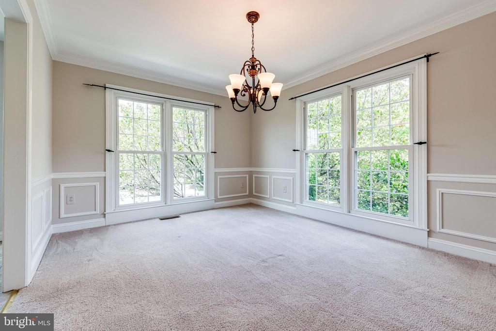 Formal dining room - 6151 BRAELEIGH LN, ALEXANDRIA