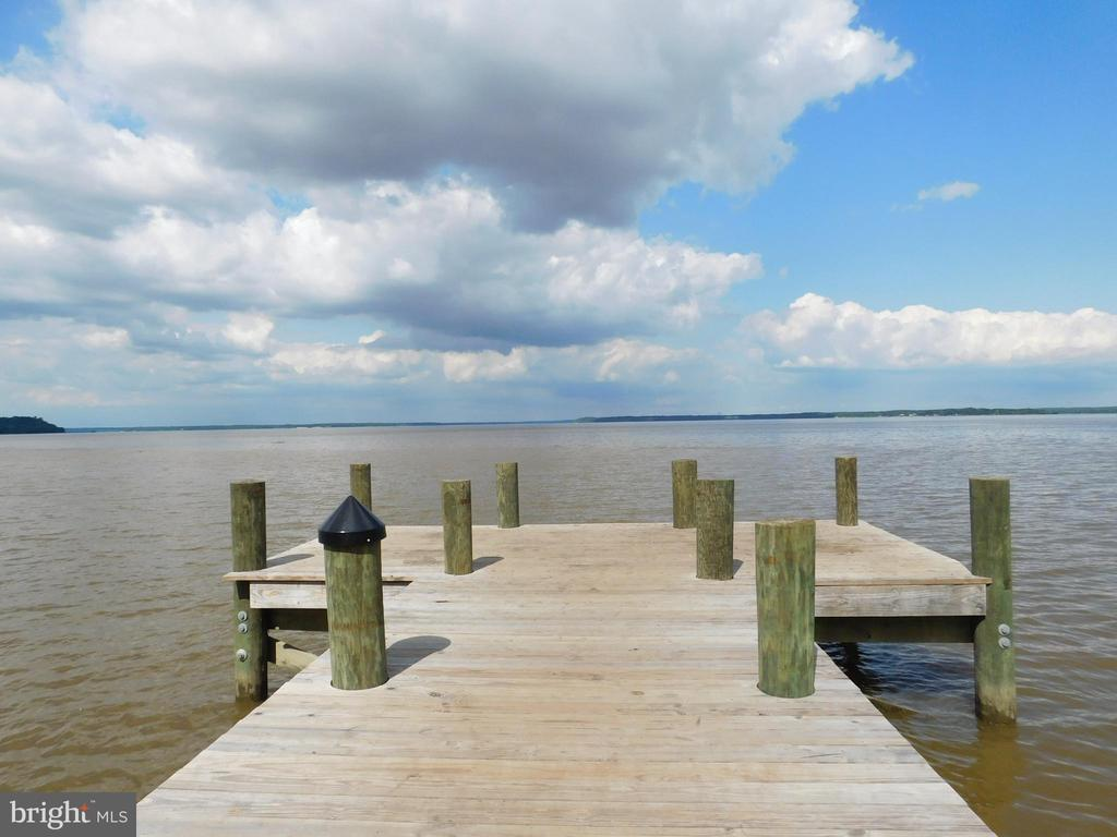 The canoe launch - 17559 SPRING CRESS DR, DUMFRIES