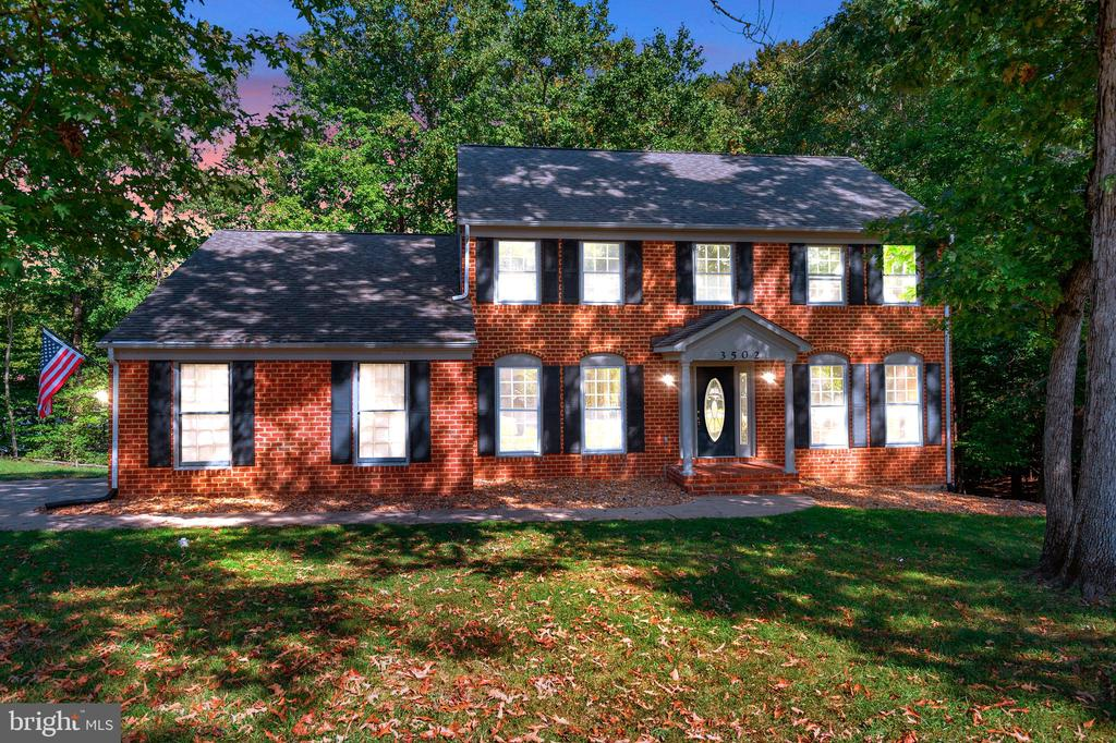 Great home on a beautiful lot! - 3502 AQUIA DR, STAFFORD