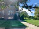 Gorgeous brick home with rear yard and stone patio - 43512 STARGELL TER, LEESBURG