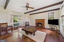 family room with exposed ceiling beams - 20707 ST LOUIS RD, PURCELLVILLE