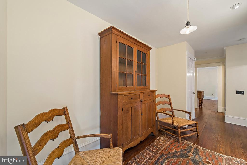 gallery off the family room - 20707 ST LOUIS RD, PURCELLVILLE