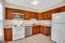 Kitchen - 6831 WASHINGTON BLVD #D, ARLINGTON