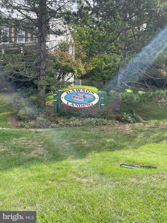 Dawson Landing community sign - 15355 BALD EAGLE LN, WOODBRIDGE