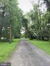 DRIVEWAY GIVES YOU ALL THE SPACE FOR YOUR VEHICLES - 12101 FOUNTAIN DR, CLARKSBURG