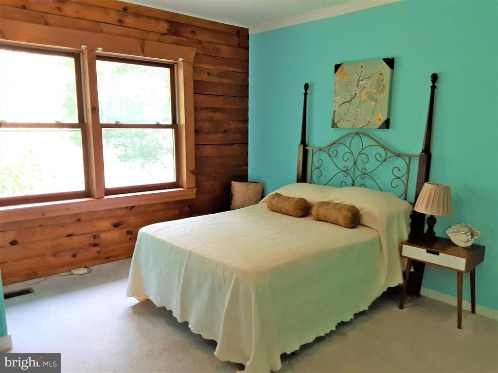 BEDROOM - Has a nice view and its spacious - 12101 FOUNTAIN DR, CLARKSBURG