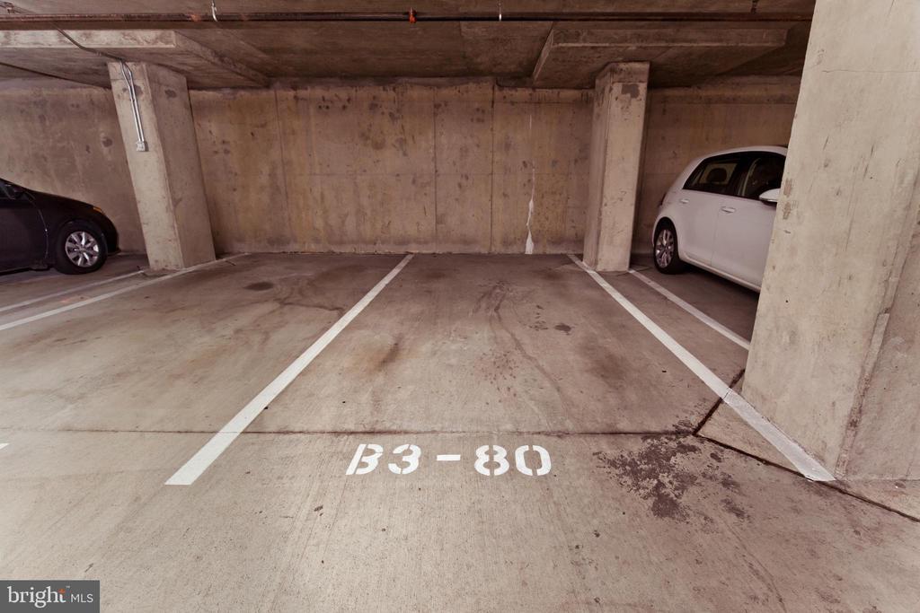 Garage Parking Space - 1021 N GARFIELD ST #242, ARLINGTON