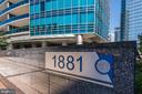 Welcome to Rosslyn's Most Exclusive Condominium! - 1881 N NASH ST #307, ARLINGTON
