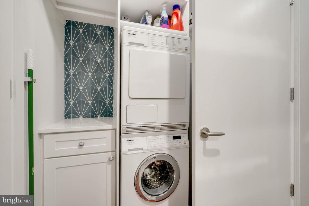 Laundry - Brand New Washer & Dryer Coming in July! - 1881 N NASH ST #307, ARLINGTON