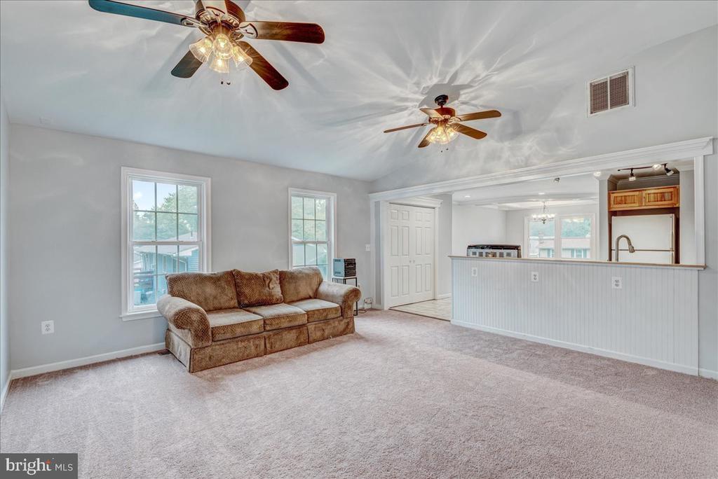 New carpet in Family Room. - 222 AUSTIN, STAFFORD