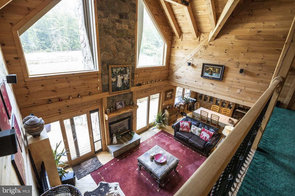 Overlook From Loft To Family Room. - 23039 RAPIDAN FARMS DR, LIGNUM