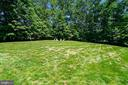 Enormous Side Yard to Play Ball or Enjoy Fire Pit - 2539 DONNS WAY, OAKTON