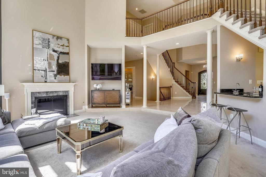 View to Foyer & Upper Level - 2539 DONNS WAY, OAKTON