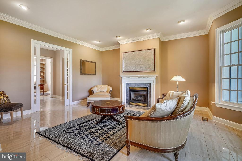 Living Room with French Pocket Doors - 2539 DONNS WAY, OAKTON