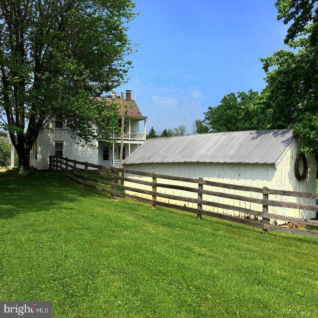 Welcome to Brice Road! - 12823 BRICE RD, THURMONT