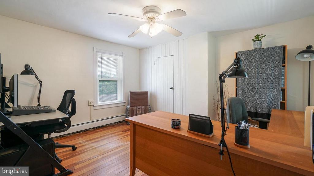 Bedroom 3 Opens to private deck - 12823 BRICE RD, THURMONT