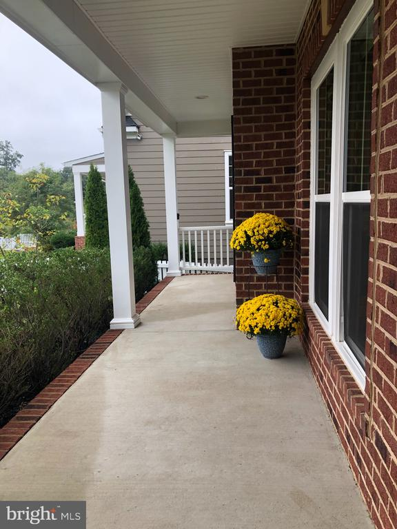 The front porch - 17559 SPRING CRESS DR, DUMFRIES
