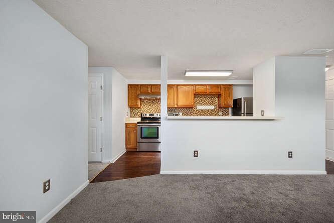 Kitchen/Living - 17050 CAPRI LN #101E, DUMFRIES