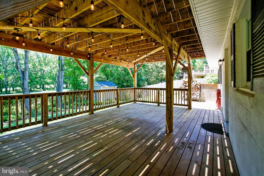 Lower Level Deck with Views of Golf Course - 6508 HAYSTACK RD, ALEXANDRIA