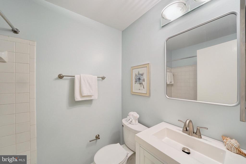 2nd update bath with vanity storage - 4427 7TH ST N, ARLINGTON