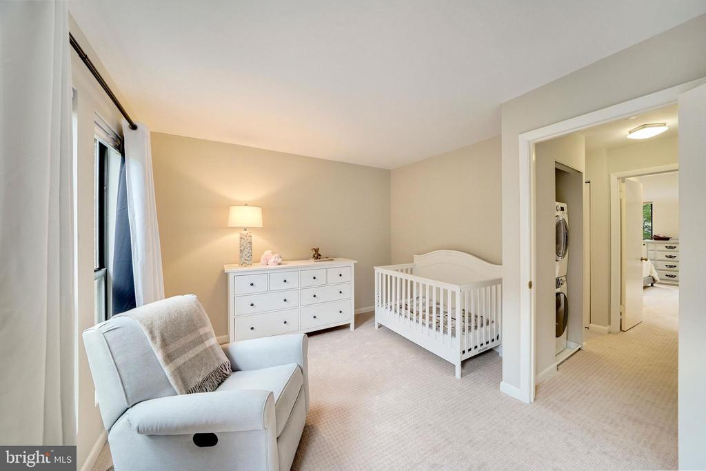 2nd bedroom with sitting area at window - 4427 7TH ST N, ARLINGTON