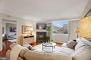 Spacious family room with gas fireplace - 1276 N WAYNE ST #608, ARLINGTON