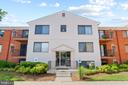 - 125-R CLUBHOUSE DR SW #5, LEESBURG