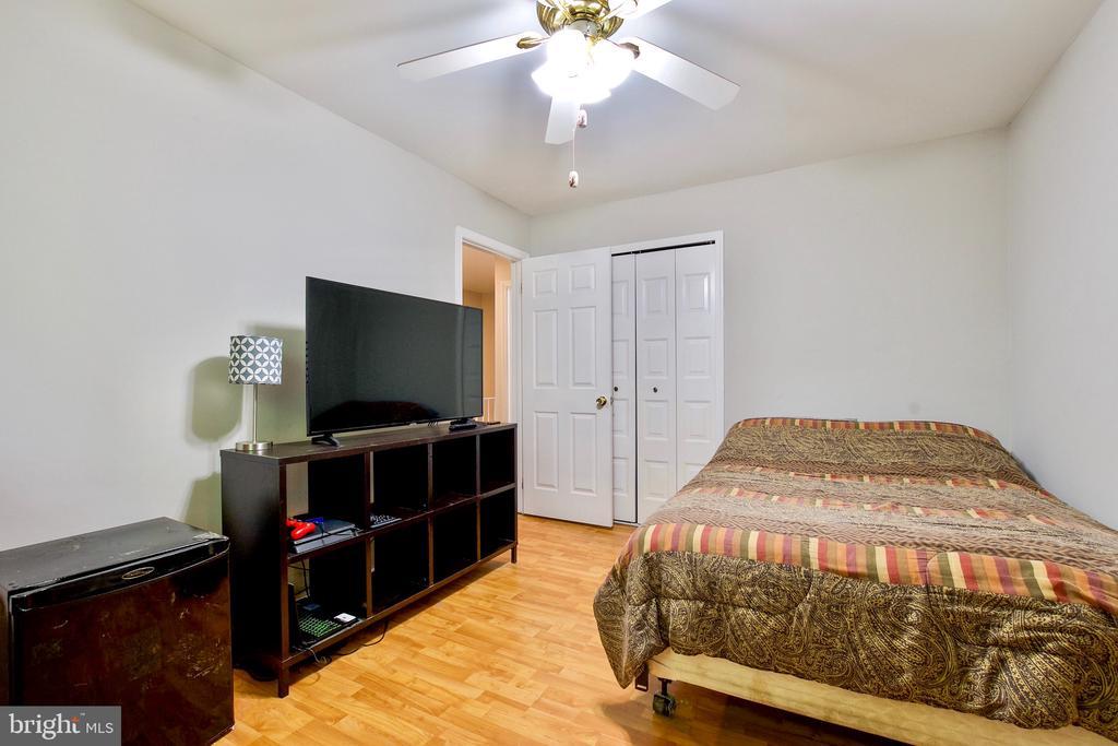 Bedroom 2 - 9453 CLOVERDALE CT, BURKE
