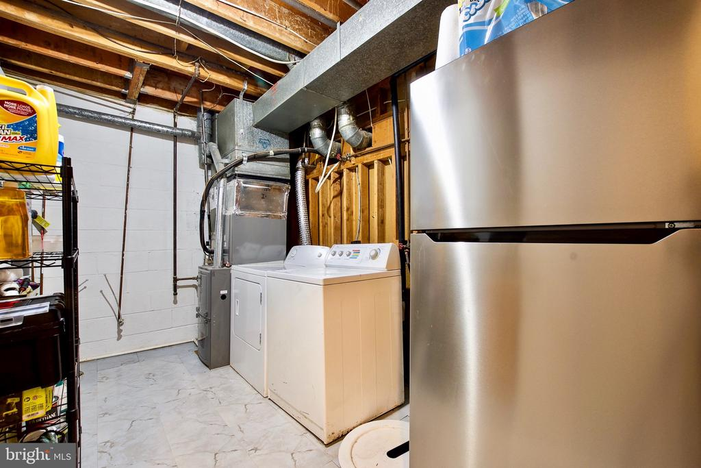 Lower Level Laundry Room and Second Refrigerator - 9453 CLOVERDALE CT, BURKE