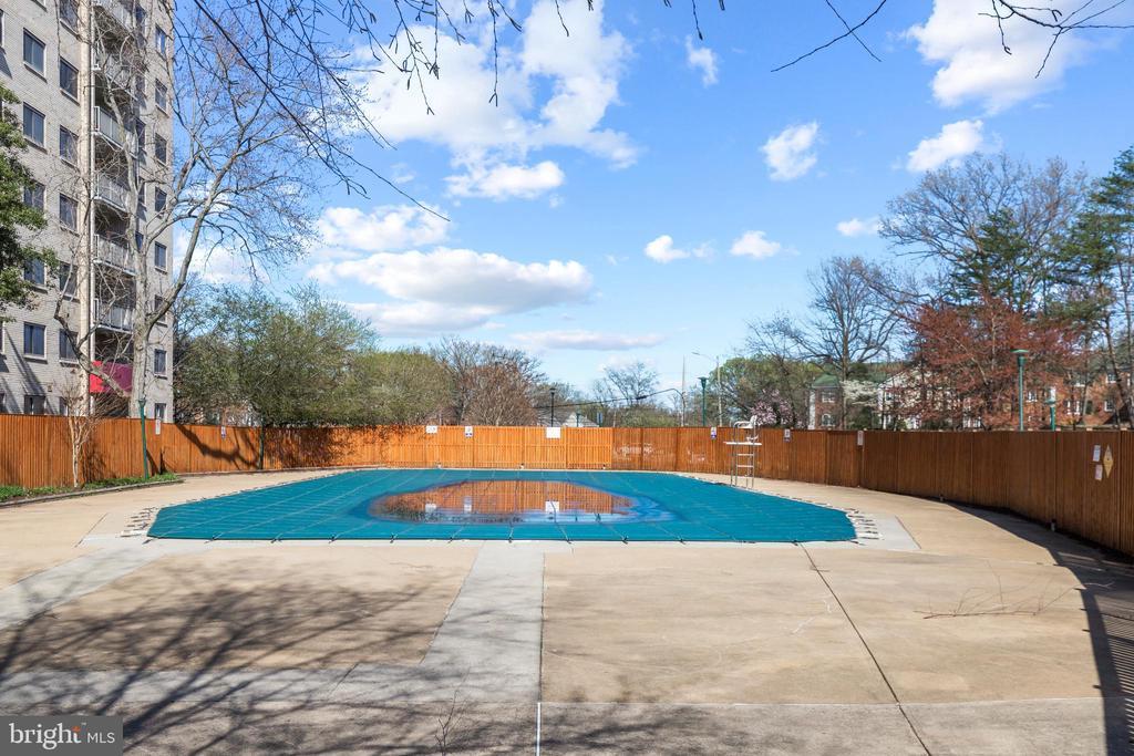 Swiming Pool. - 2500 N VAN DORN #1128, ALEXANDRIA