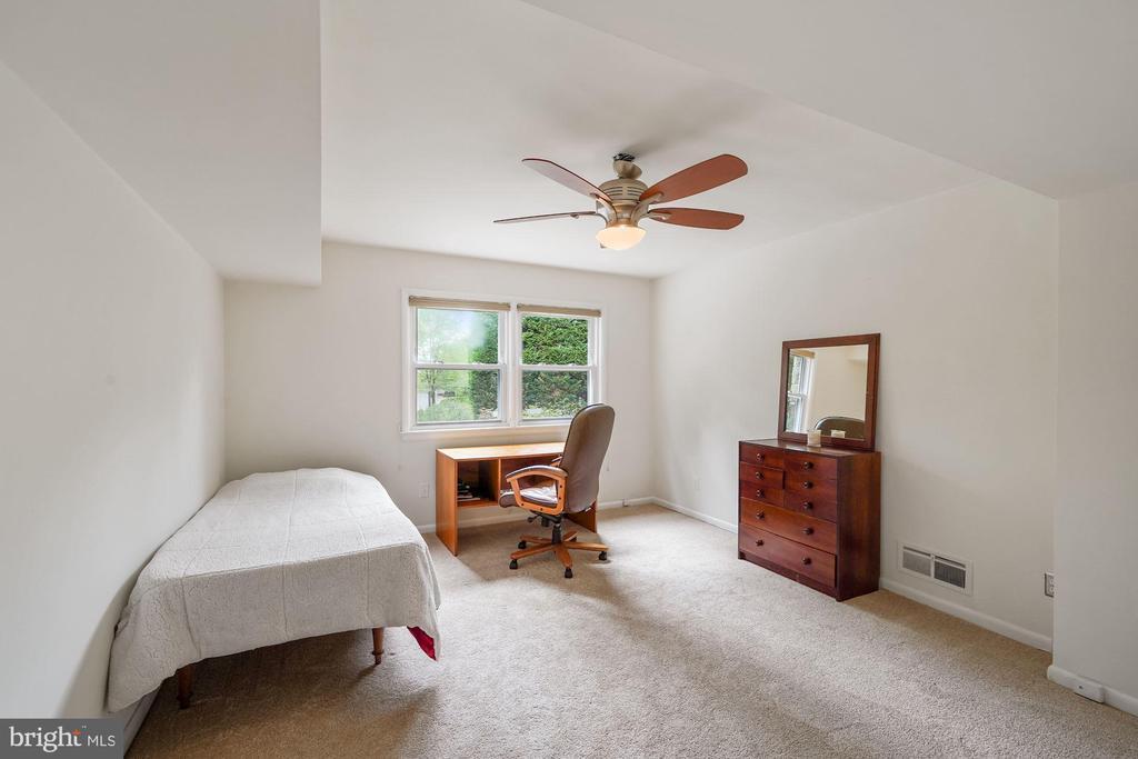 5th Bedroom with Adjacent 3rd Full Bath - 5312 CARLTON ST, BETHESDA