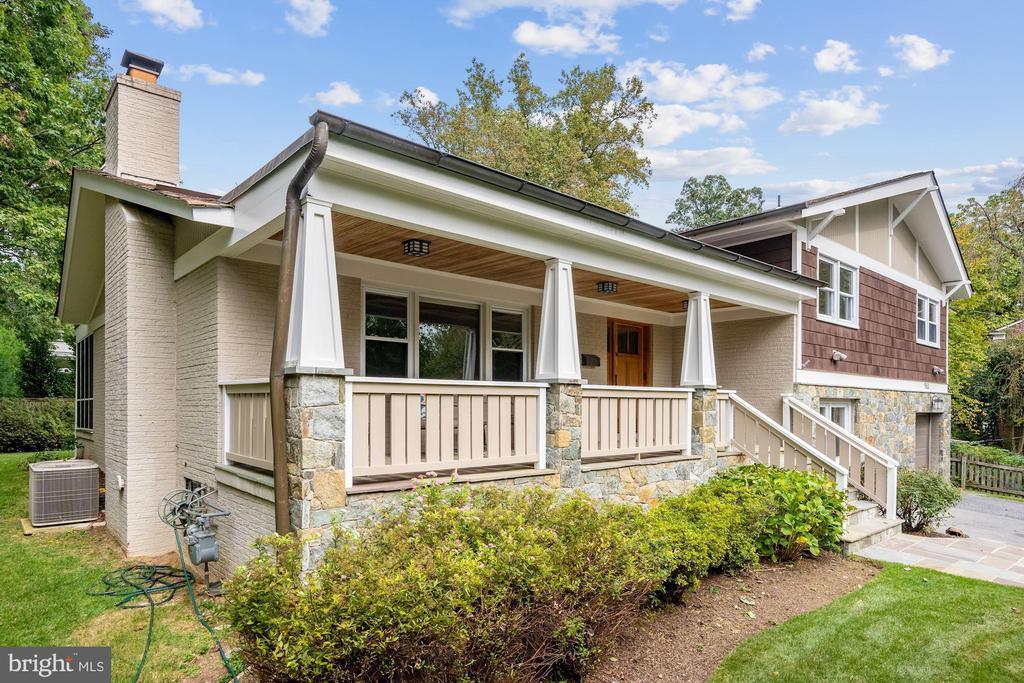 Welcome Home! - 5312 CARLTON ST, BETHESDA