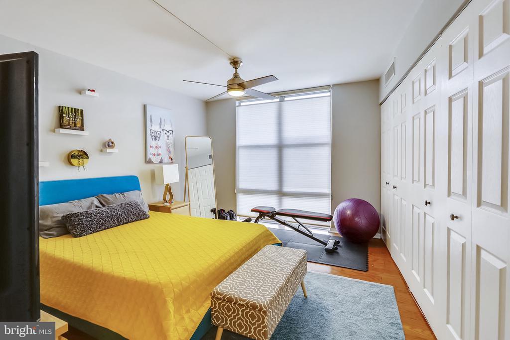 Large Bedroom - 9039 SLIGO CREEK PKWY #410, SILVER SPRING