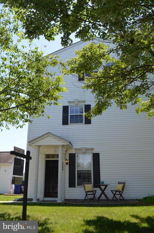 End unit townhome - 4900 EDGEWARE TER, FREDERICK