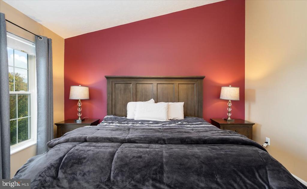 Main Bedroom (bedroom 3) - 4810 AMESBURY WAY, JEFFERSON