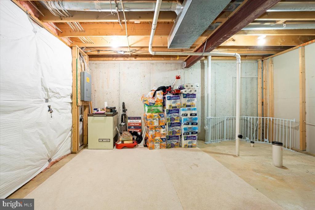 Unfinished Basement - 4810 AMESBURY WAY, JEFFERSON
