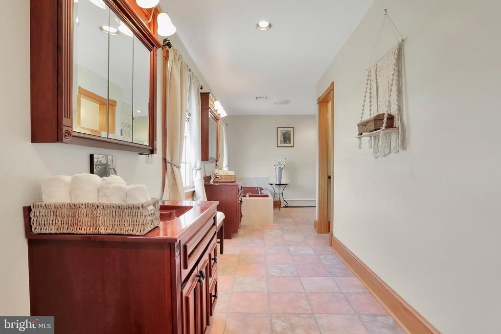 Primary Bath - 5201 RELIANCE, MIDDLETOWN