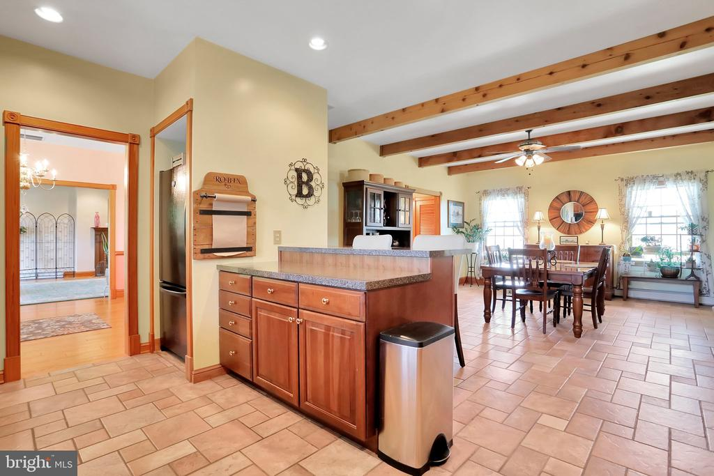 Kitchen opening to dining area - 5201 RELIANCE, MIDDLETOWN